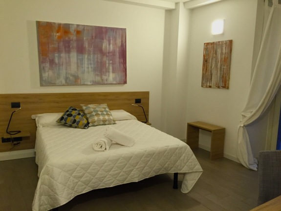 Bergamo Airbnb 1.IMG_2191