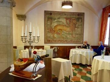 Taverna colleoni dell Angelo Interior