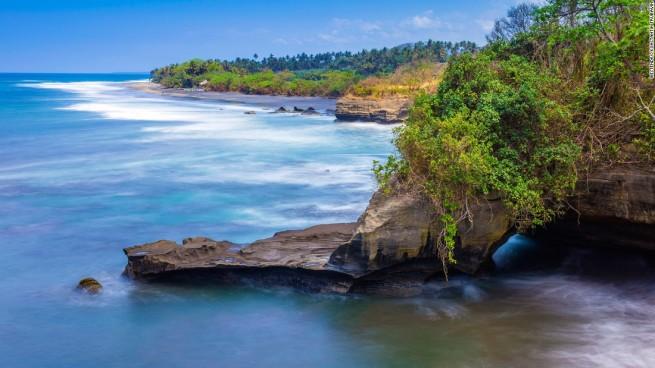 160413154458-03-bali-balian-beach-super-169